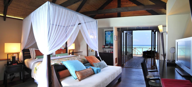 Lux-Maldives-family-water-villa