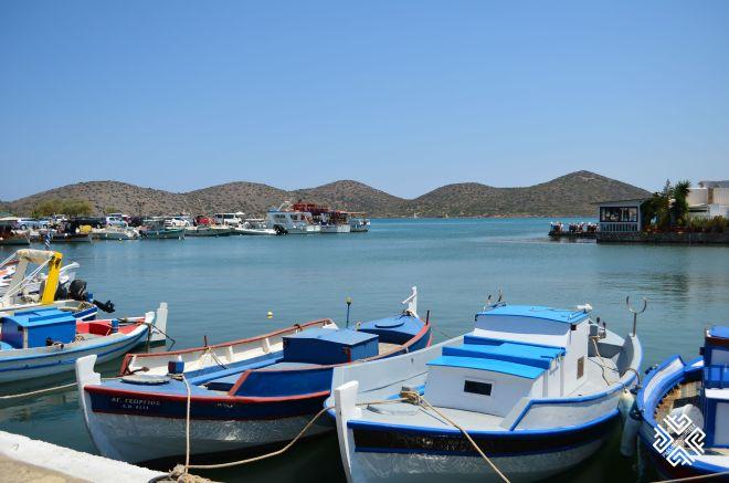 passionforgreece_elounda_boats